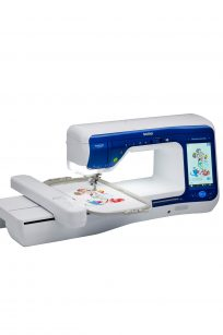 Brother Dreamweaver XE VM6200D Sewing Quilting Embroidery Disney